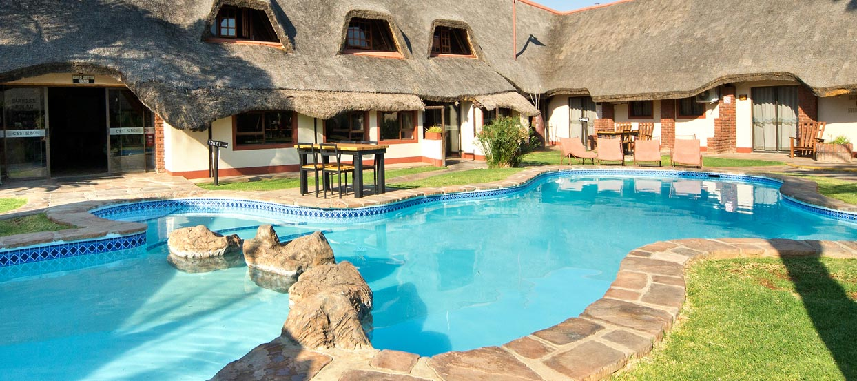Hotel Bed and Breakfast accommodation, Otjiwarongo